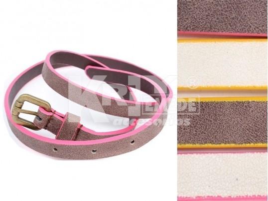 Cinturón con borde de color