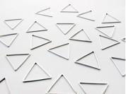 Dije triangulo liso 2.9 cm